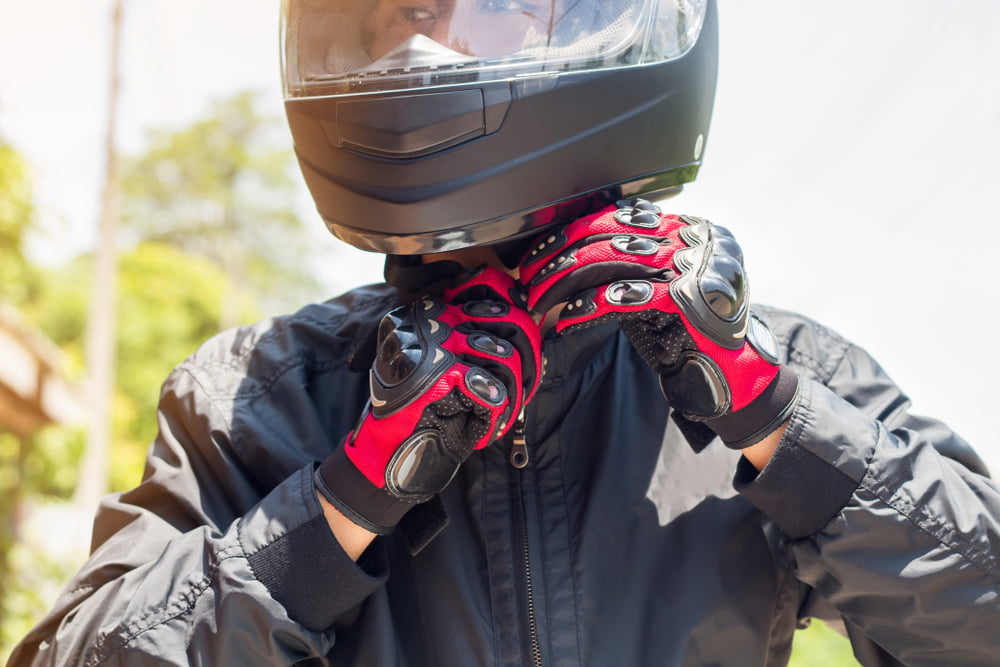 6 motorcycle highway safety tips