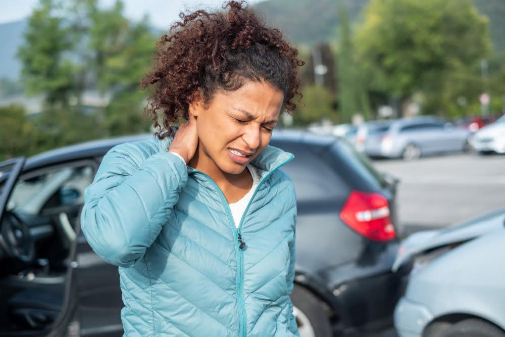 4 symptoms you shouldn't ignore after a car accident
